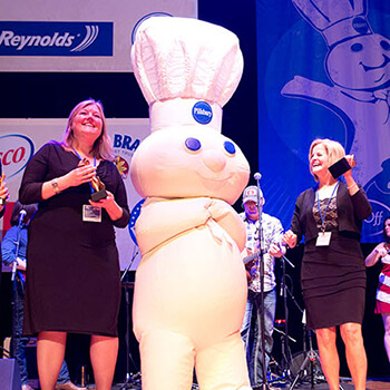 Poppin' Frsh at the Pillsbury Bake-Off Contest